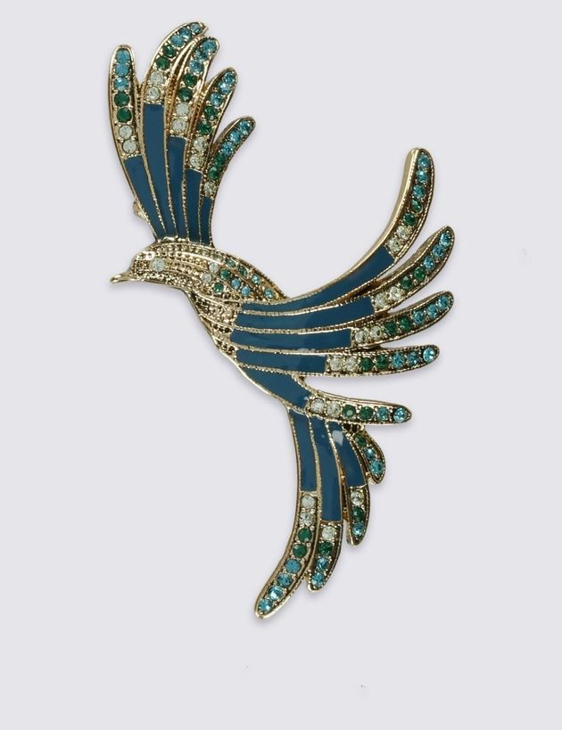 BAFTAs 2019: Salma Hayek's Lizard Brooch Caught Our Eye, Here's How To Shop The