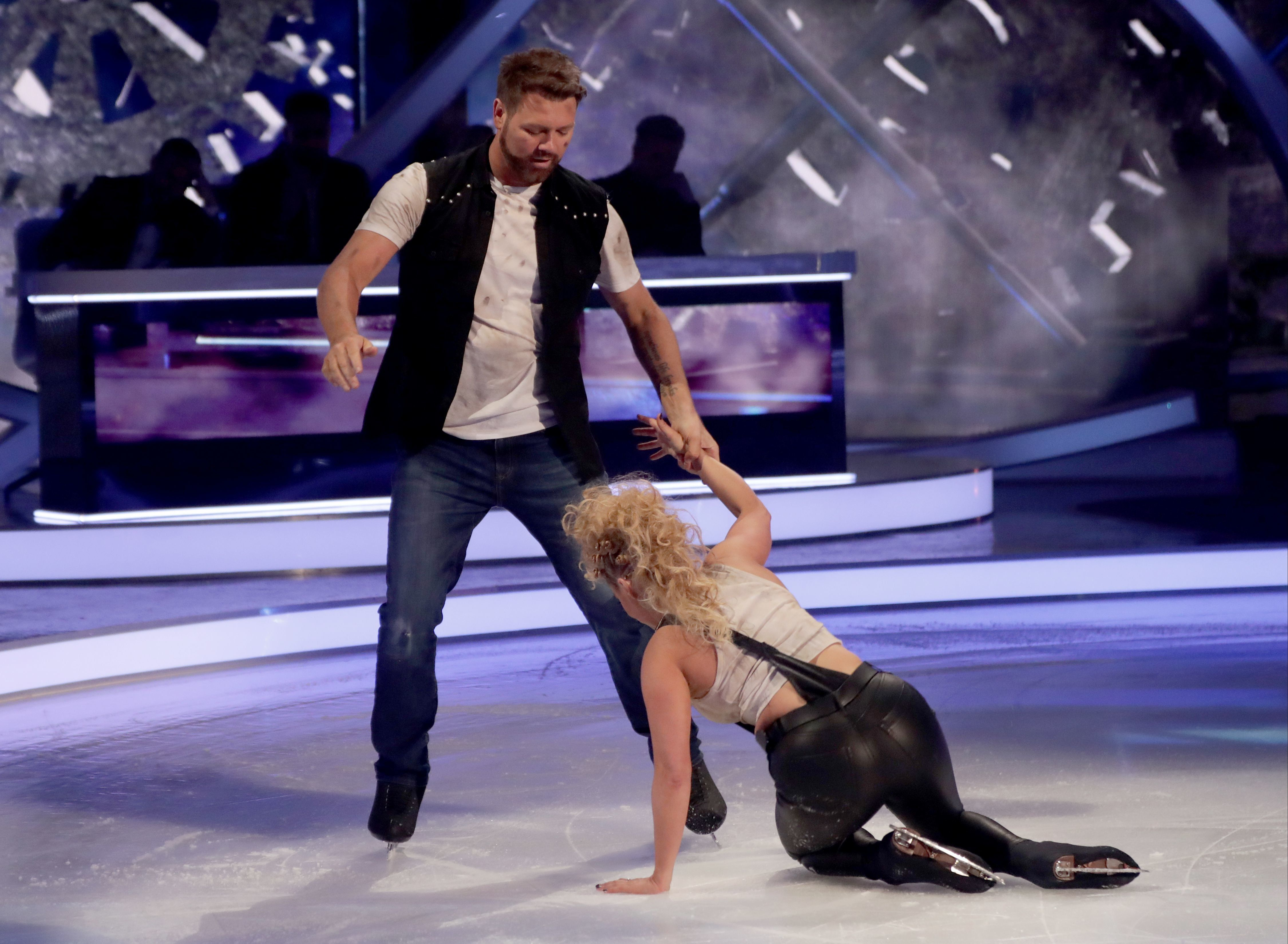 Brian McFadden Drops Partner In Botched Dancing On Ice