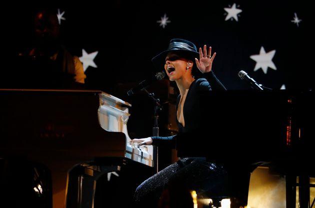 Η μοναδική εμφάνιση της Αλίσια Κις στα Grammy: Επαιζε σε δύο πιάνα