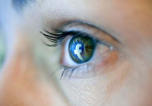 Σκάνδαλο με διαδικτυακό bullying σε βάρος γυναικών σε γαλλικά