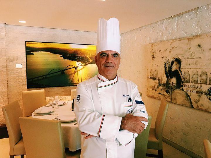O chef Rosario Tessier, italiano mais premiado na gastronomia brasiliense.