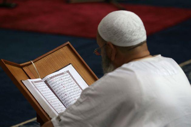 Une omra pour les familles d'imams