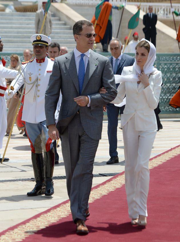 Le roi Felipe et la reine Letizia en visite au mausolée Mohammed V, à Rabat, le 14 juillet