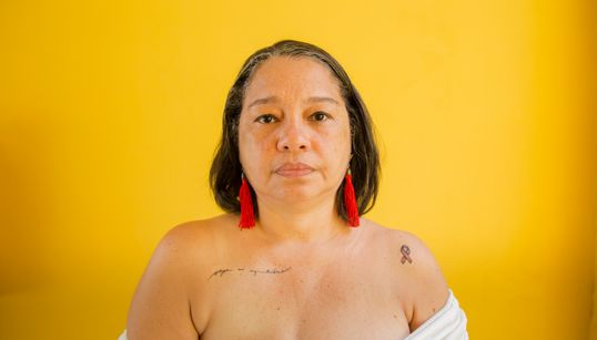 Andrea Valle, uma mulher de peito aberto para encarar o câncer de