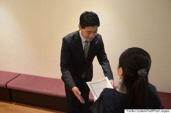 「『医療は全員に』は違う」長谷川豊アナが抗議の署名届けた患者女性と対談