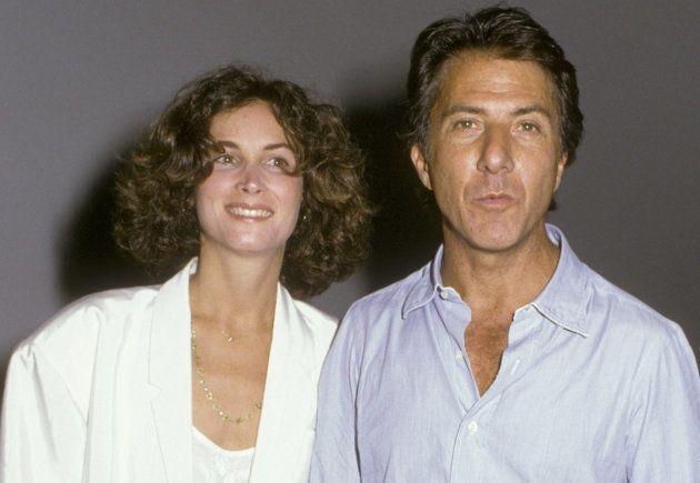 「セールスマンの死」に出演したダスティン・ホフマン(右)と妻のリサ( September 10, 1985 Photo by Ron