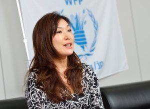 「食糧支援が平和への一歩と言っても過言ではありません」と語る外岡さん。
