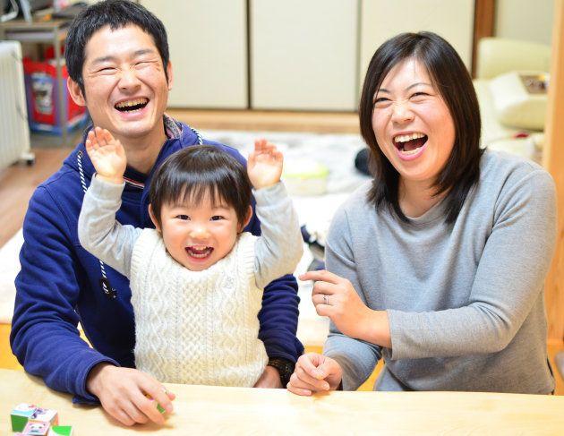 碧和君と麻衣さん、尚志さん夫婦。家族の中では笑いが絶えない