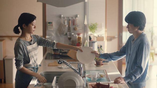 とも稼ぎ世帯の家事分担のリアルを描いた広告動画は、なぜ350万回も再生されたのか