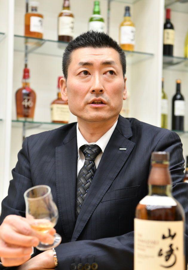 ウイスキーの伝道師は、かつてバレーボール選手だった。46歳、佐々木太一は、人生を何度も生きている。
