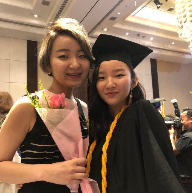 妹の卒業式にて