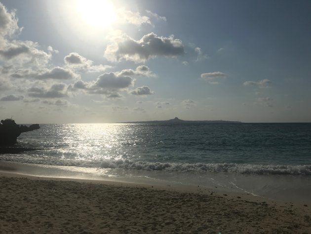 """なぜ、沖縄には""""2つの時間""""があるのか?"""