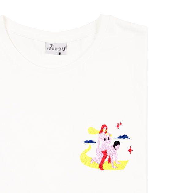 「セックスをオープンに語ろう」メッセージをTシャツに縫い込んだクリエイティブ集団の思い