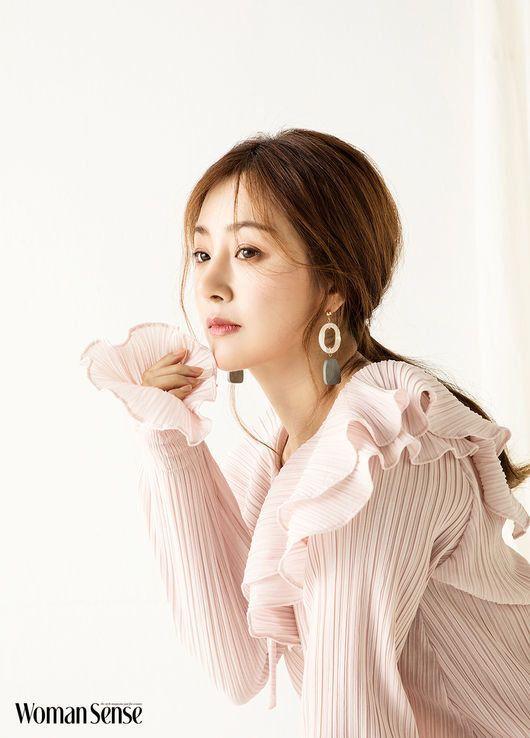 韓国の女優オ・ナラが20年間付き合っている彼氏と結婚しない理由