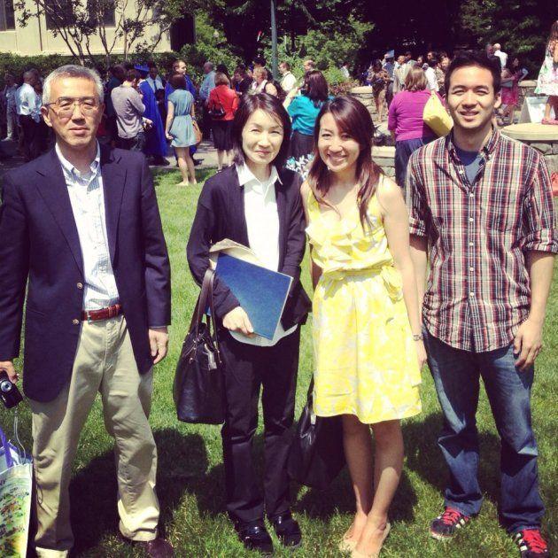 大学院のあるワシントンDCで家族と。左から父、母、筆者、弟