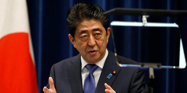 安倍晋三首相は、9月28日の臨時国会の冒頭に衆議院の解散に踏み切ることを正式に表明した。 September 25, 2017. REUTERS/Toru