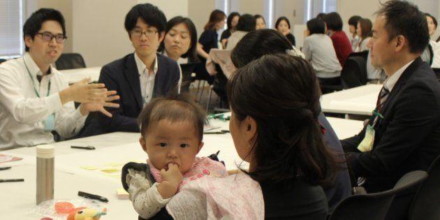 「政府の努力不足」。保育園の待機児童問題、政局でかき消されても親たちの闘いは続く。