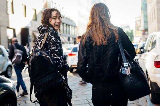 女子高生のパリコレモデル松岡モナさん「年齢や髪色なんて私には関係ない。そんなことより大事なのは...」