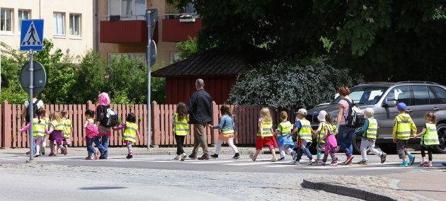 スウェーデンの子供たち(イメージ写真)