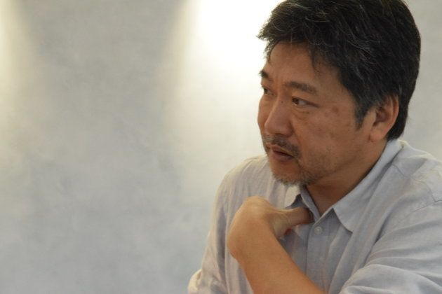 インタビューに応じた是枝裕和監督