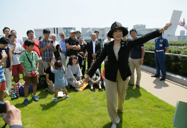 豊洲地区の住民を対象にした市場説明会を視察する小池知事(2017年09月09日撮影)