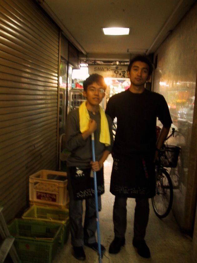 大学1年の夏休みに全国商店街を回った時、後に熊本城東マネジメントを一緒に立ち上げる方の酒屋で10日ほど住み込みで働いた。