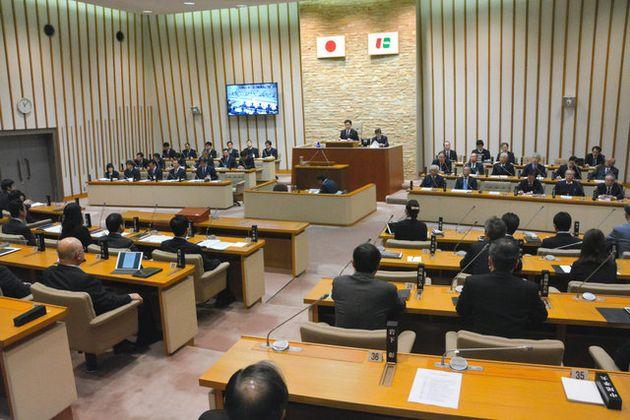 今村岳司市長の辞職に全会一致で同意した西宮市議会=市役所議会棟