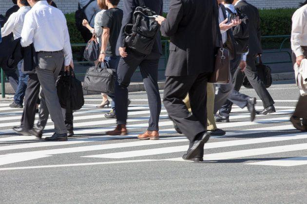 労働者に占める非正規の割合は、4割に迫っている。