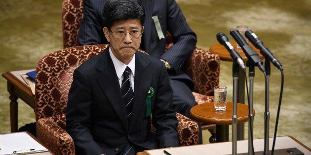 証人喚問を受ける佐川宣寿氏