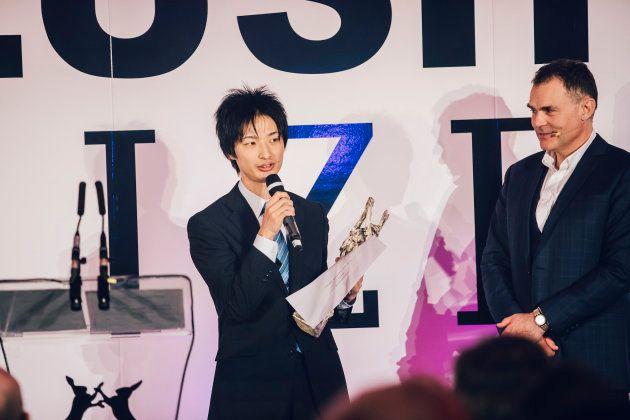 「若手研究者部門アジア」を受賞した高崎健康福祉大学の小山智志氏