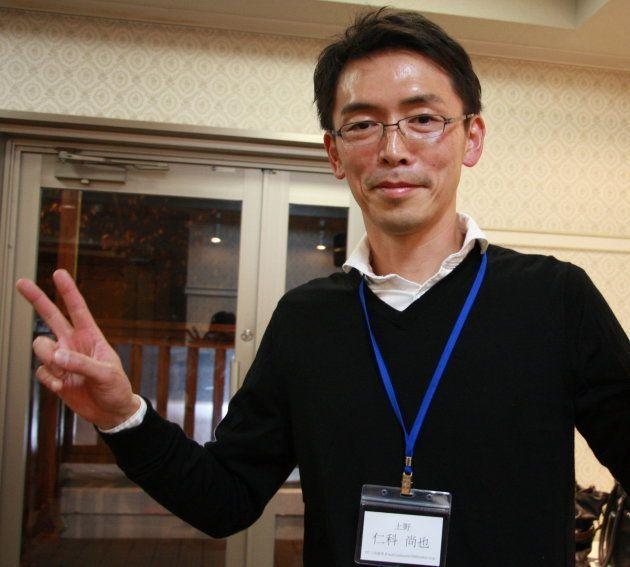 取材に答える仁科尚也さん(2017年11月25日)