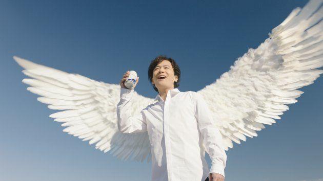 稲垣&香取、テレビCMに復活「生きてるーーーー!」と絶叫