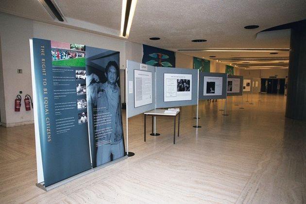 2003年8月国連欧州本部の会議場で開催した写真展。