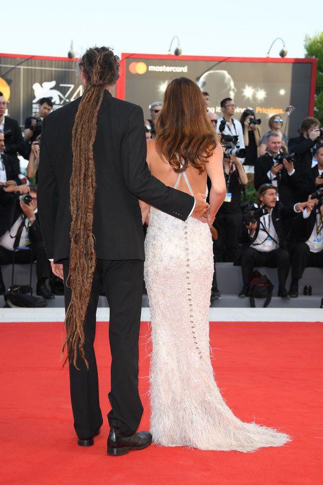ヴェネツィア映画祭、セレブたちの奇抜なヘアスタイル(画像集)