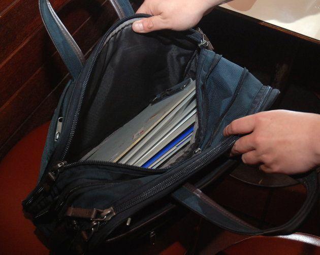 借金玉さん愛用のかばんはエースというメーカーの「ACE GENE