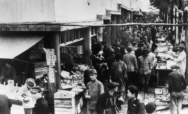 1948年頃の闇市(東京)