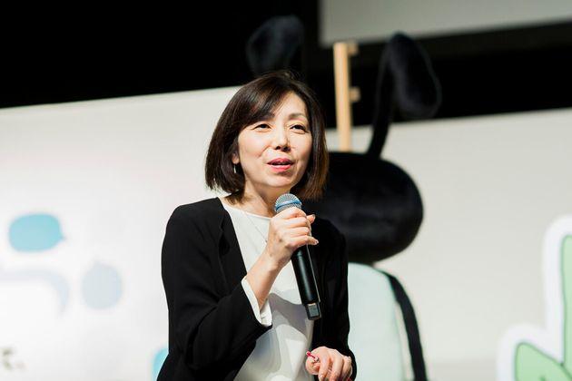 浜田敬子(はまだ・けいこ)。1989年朝日新聞社入社。前橋・仙台支局、週刊朝日編集部などを経て99年からAERA編集。記者として、女性の働き方・雇用問題、国際ニュースを中心に取材。2014年から編集長。2016年5月から朝日新聞社総合プロデュース室プロデューサーとして新規プロジェクトの開発などに取り組む。2017年に同社を退社し、現職に就任。