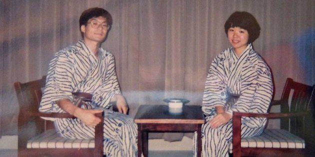 結婚直前の小椋聡さん・朋子さん。青春18きっぷで訪れた宮城県の旅館で。