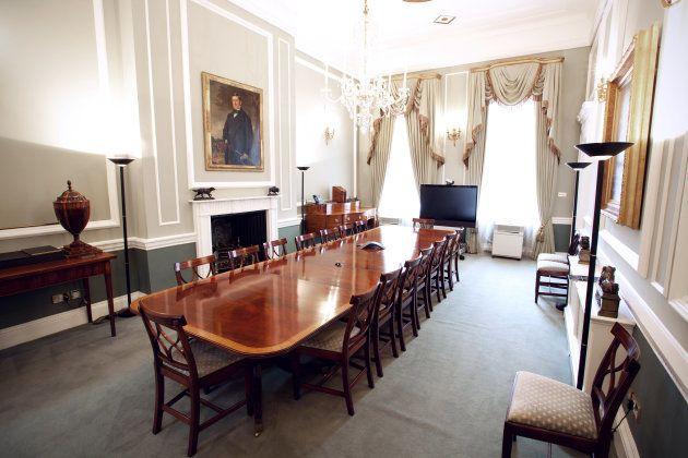オービス・インベストメント、ロンドン・オフィスの会議室