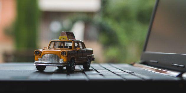 タクシー業界へ参入相次ぐ 技術がもたらす「変化の波」