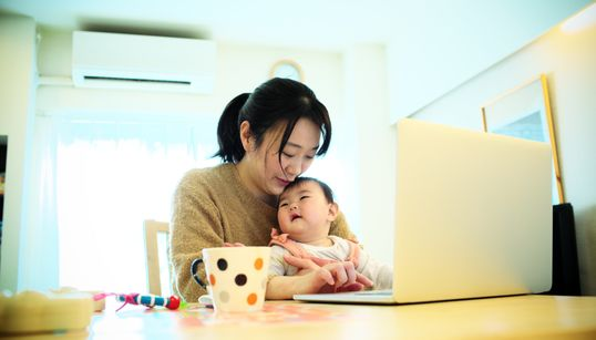 育児や介護、仕事とどう両立する?