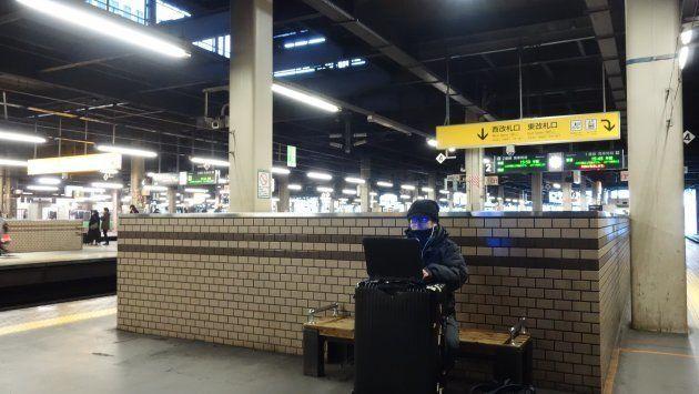 雰囲気のある札幌駅でリモートワーク。