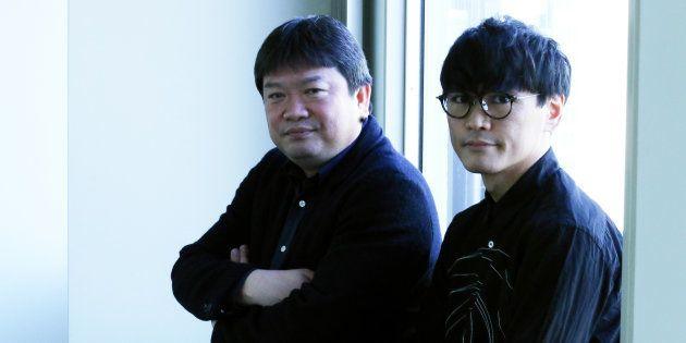 本広克行監督(左)、山口一郎さん
