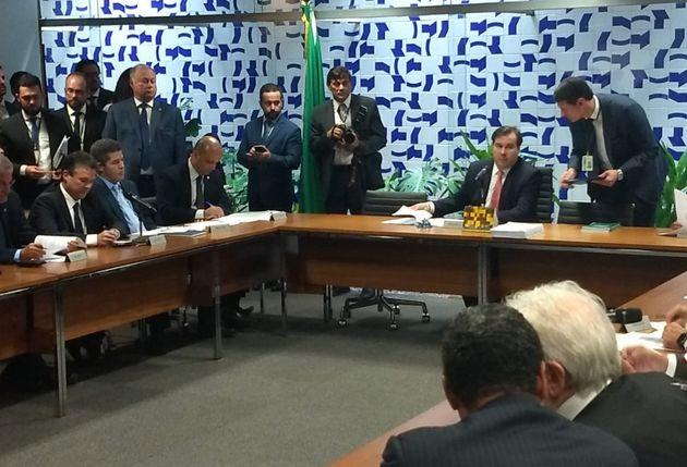 Líder do governo, Major Vitor Hugo (PSL-GO) em reunião do colégio de líderes,...