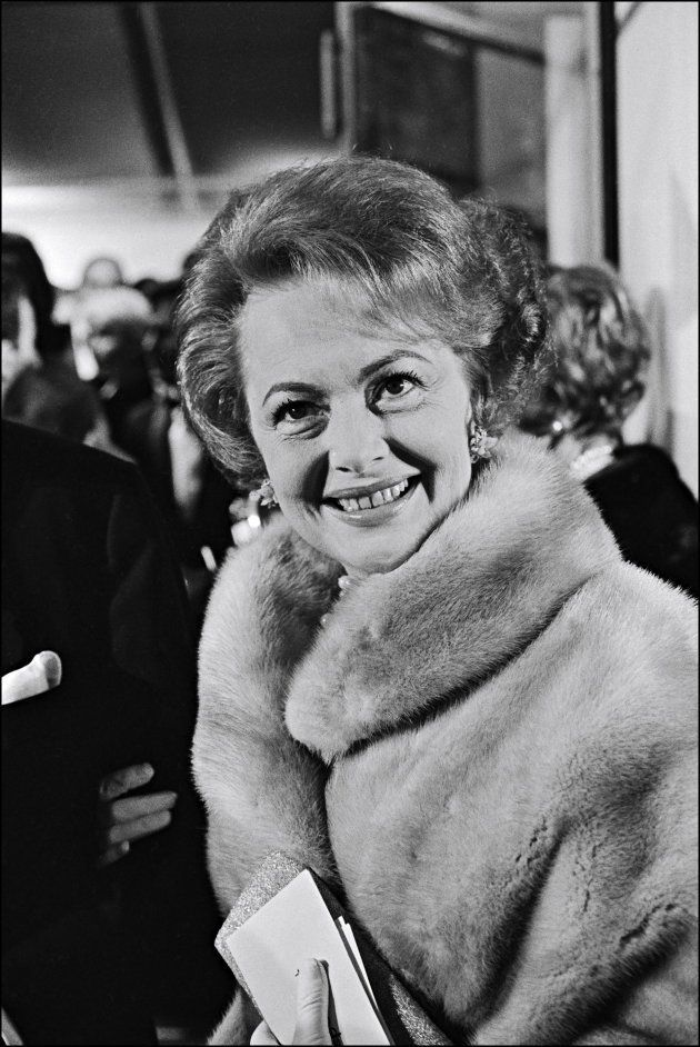FRANCE - MAY 24: Olivia de Havilland in Cannes, France on May 24, 1965. (Photo by REPORTERS ASSOCIES/Gamma-Rapho...