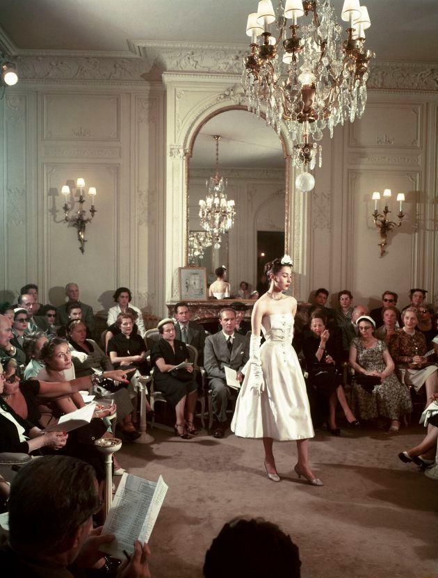 クリスチャン・ディオールのコレクション(1950年、フランス撮影)