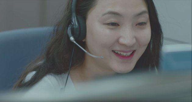コールセンターで働く人に罵声を浴びせる「モンスター客」。彼らの態度を変えた秘策とは。