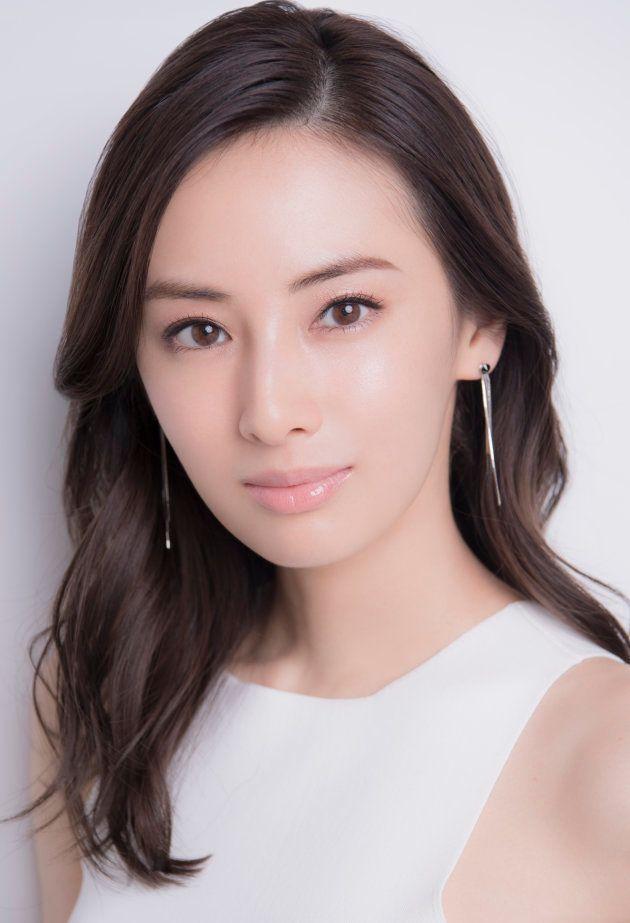 ドラマ『フェイクニュース』で主演を務める北川景子