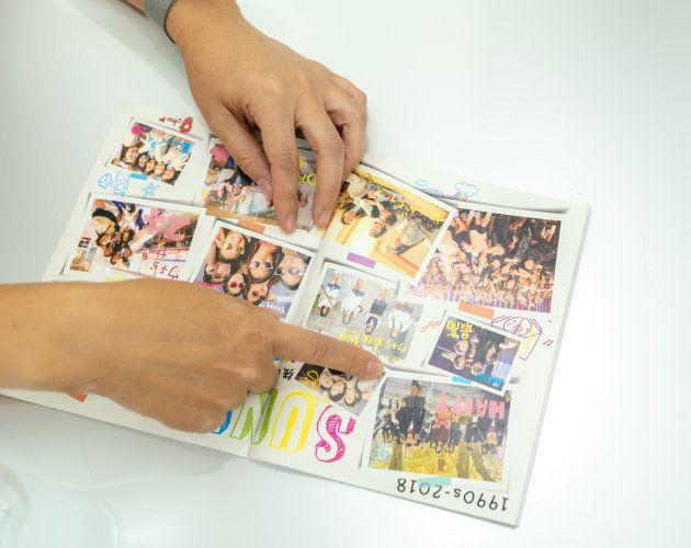 『SUNNY 強い気持ち・強い愛』パンフレットの一部。当時は写真に直接メッセージを書き込んでいた。