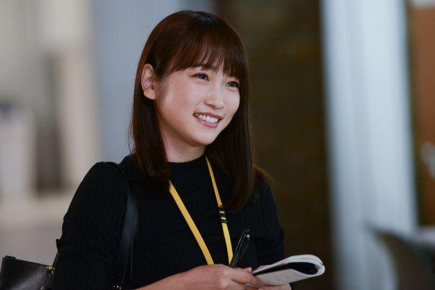 ドラマ『健康で文化的な最低限度の生活』では、生活保護の新人ケースワーカー・栗橋千奈を演じている。